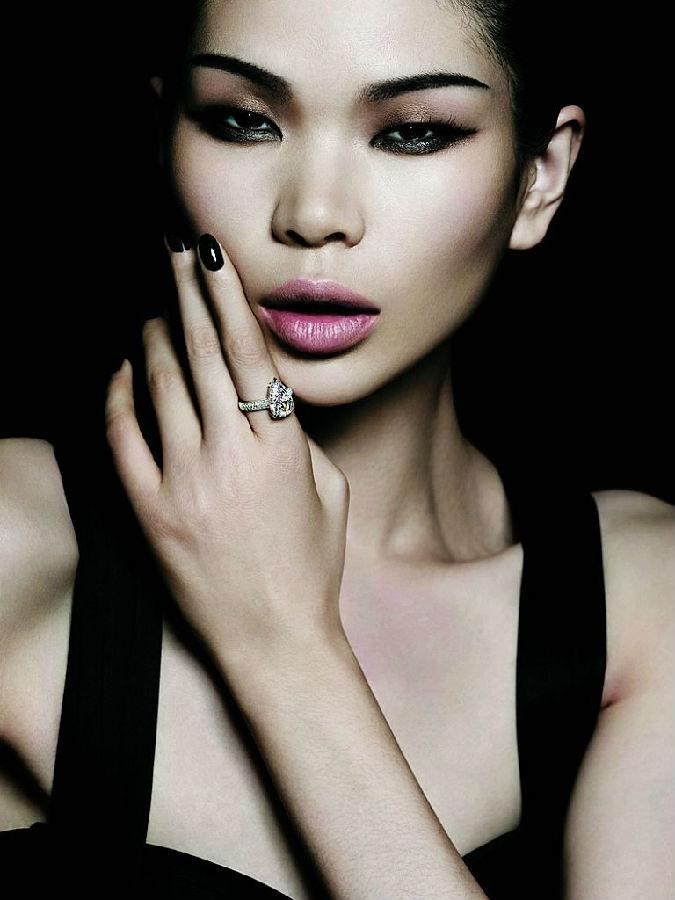 中国超模吕燕 一半是天使,一半是魔鬼 北京新时代模特学校 新时代
