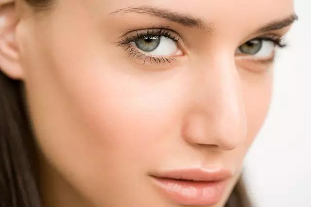 预约北京商务兼职女模特眼睛模特的灵魂