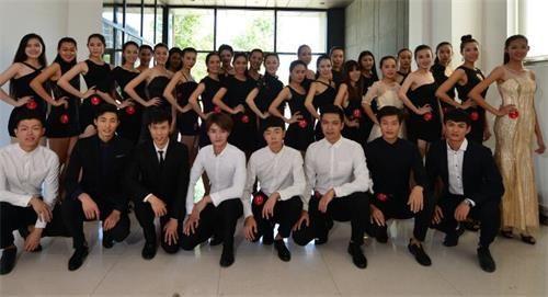 来自北京商务人士预约到全国高端私人伴